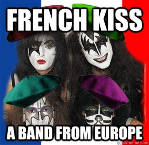 Funny Kiss Memes